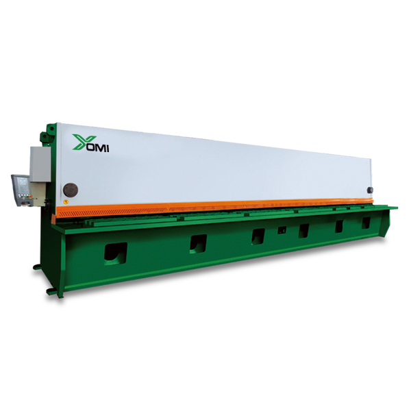 Large CNC hydraulic gate shears